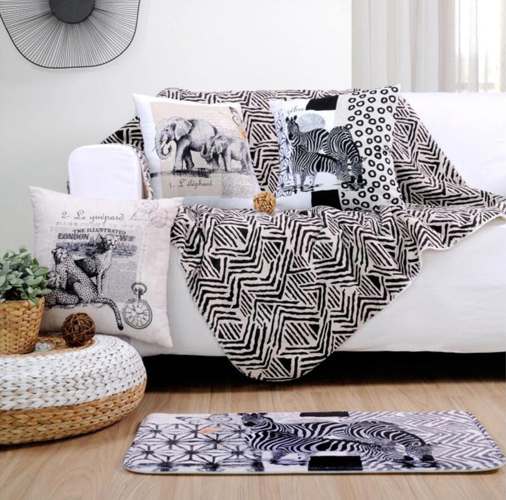 Décorer son canapé avec des couvertures ethniques